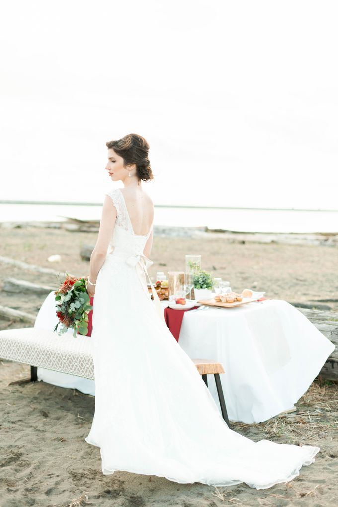 A Styled Bridal Shoot by Rebecca Ou Photography - 034