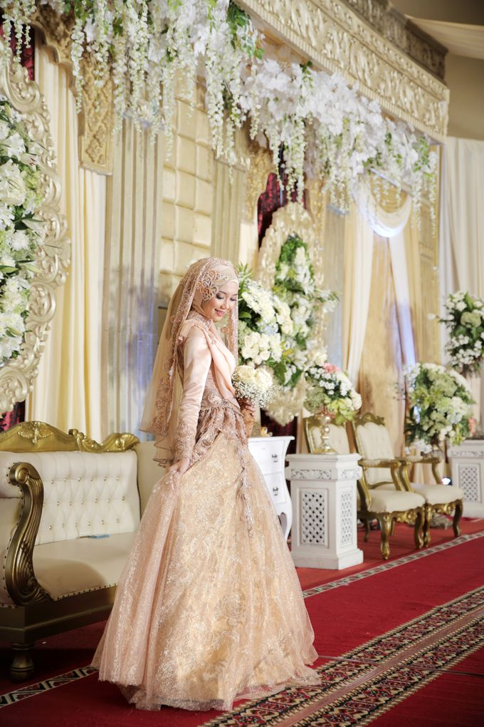 Nia & Fifin Wedding by LAKSMI - Kebaya Muslimah & Islamic Bride - 010