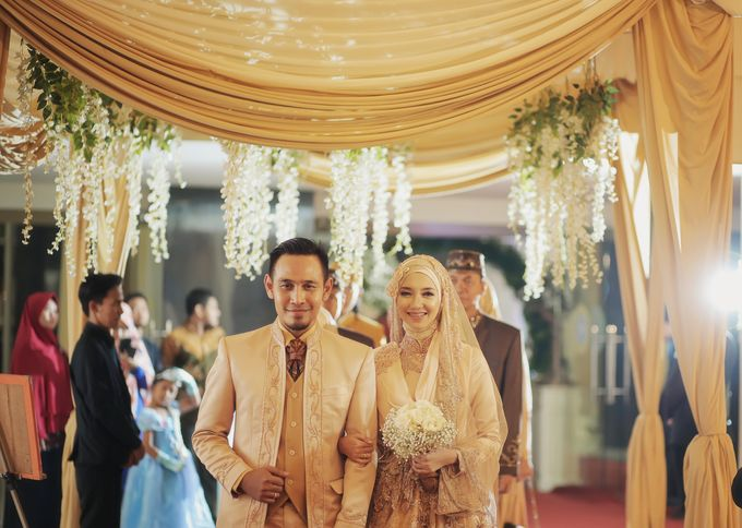 Nia & Fifin Wedding by LAKSMI - Kebaya Muslimah & Islamic Bride - 013