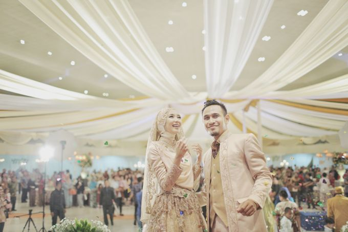 Nia & Fifin Wedding by LAKSMI - Kebaya Muslimah & Islamic Bride - 016