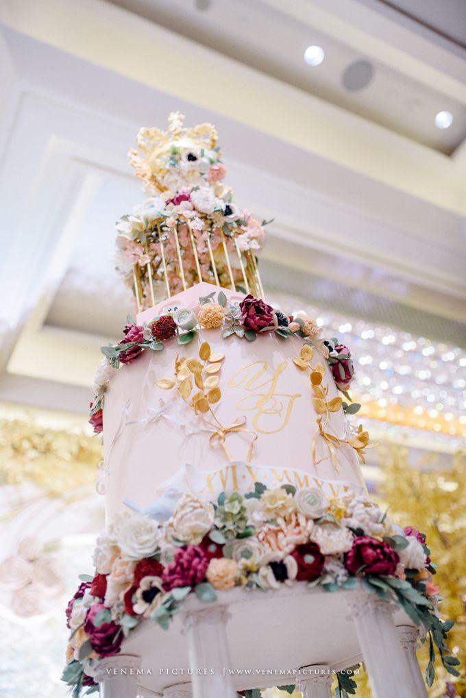 Luxurious Garden Theme - Sheraton Grand Jakarta by Ivoire Cake Design - 003