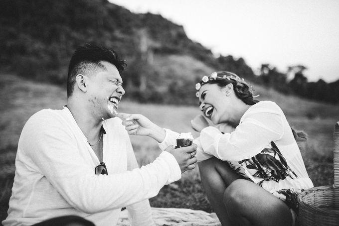 Engagement - Aubrey and Feb by Dodzki Photography - 012