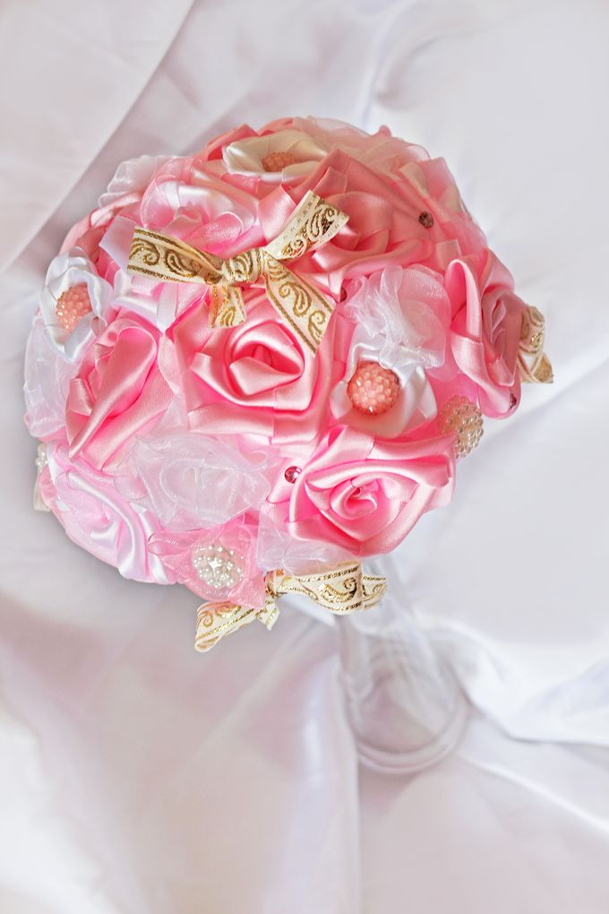Pink Gold Bridal Brooch Bouquet by Marini Bouquets - 005