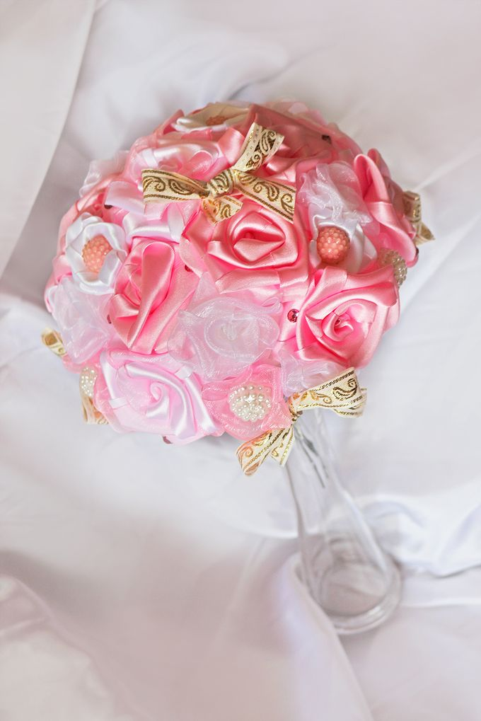 Pink Gold Bridal Brooch Bouquet by Marini Bouquets - 007