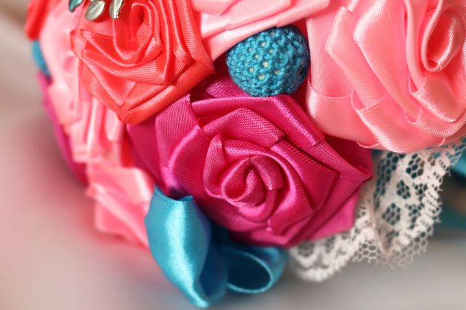 Mexicana Red Pink Fuchsia Blue Bridal Brooch Bouquet by Marini Bouquets - 010