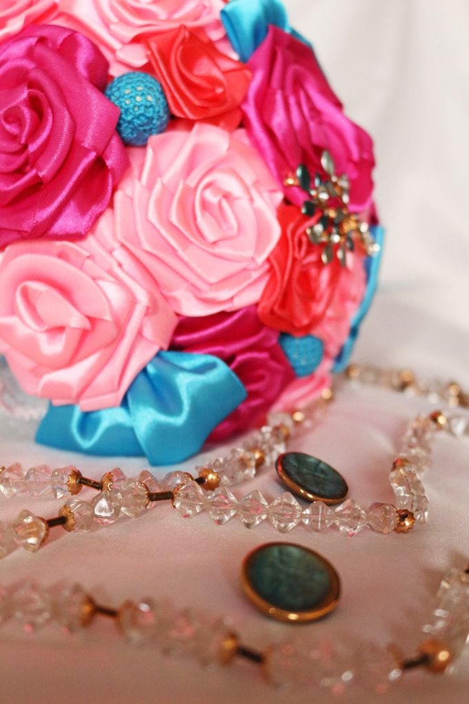 Mexicana Red Pink Fuchsia Blue Bridal Brooch Bouquet by Marini Bouquets - 012