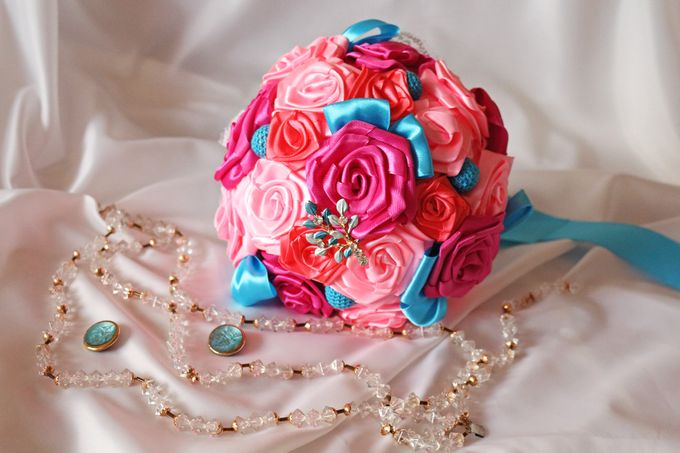 Mexicana Red Pink Fuchsia Blue Bridal Brooch Bouquet by Marini Bouquets - 013