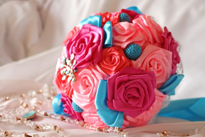 Mexicana Red Pink Fuchsia Blue Bridal Brooch Bouquet by Marini Bouquets - 002