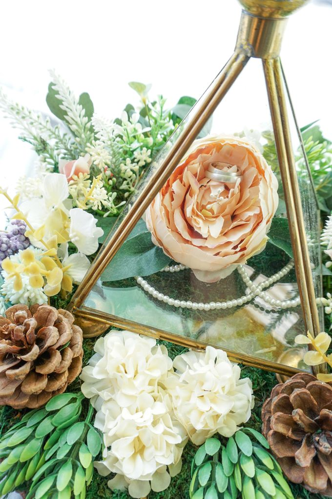 The wedding of reza ishwa by the day is yours event wedding add to board the wedding of reza ishwa by the day is yours event wedding arranger junglespirit Image collections