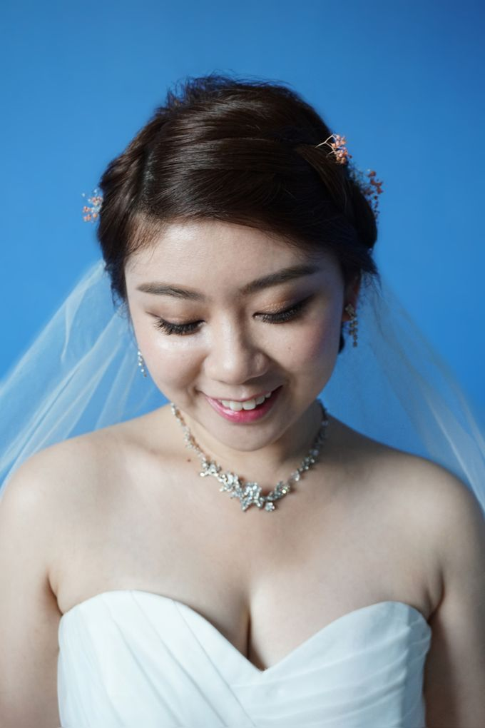 Actual Day Bridal Makeup and Hairstyling (Sharon + Zhi Xiong) - Romantic, Floral Bohemian Chic. by Sylvia Koh Makeup and Hairstyling - 005