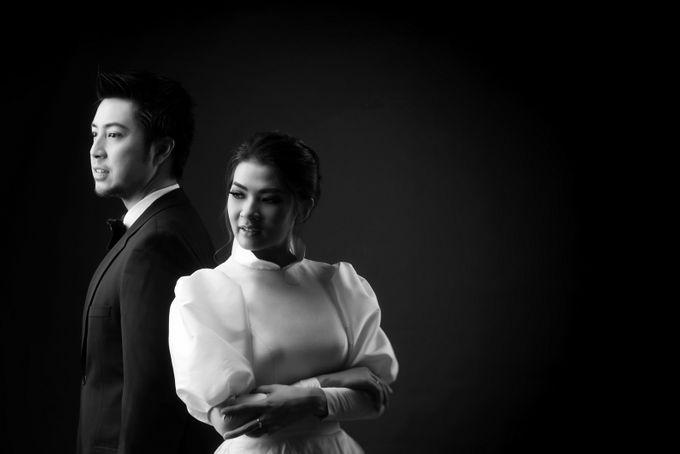 Wedding and prewedding photoshoot of Anaz Siantar and Goldwyn by Hian Tjen - 002