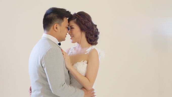 Dennis and Helen - Prewedding Video by Picomo - 001