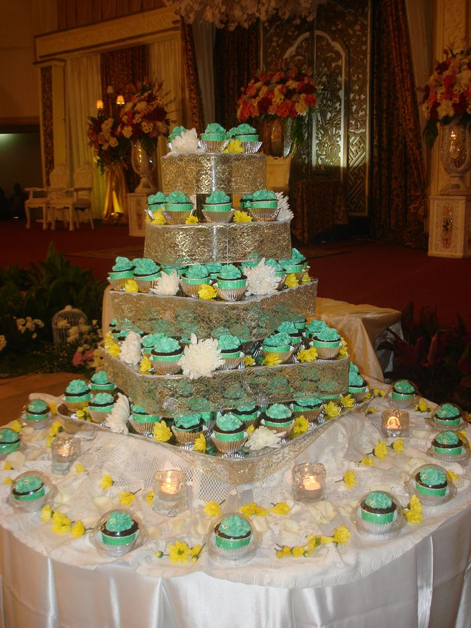 Tosca Wedding Cupcakes by Diana's Kitchen - 003