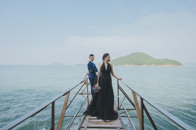 Wenzhi and Yen Sing in Hong Kong by Multifolds Productions - 006