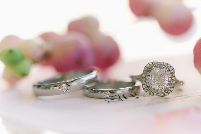 Elina & Erick / Balesin Wedding by Verse Studios - 004