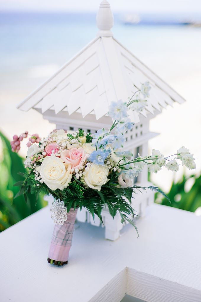 Elina & Erick / Balesin Wedding by Verse Studios - 005