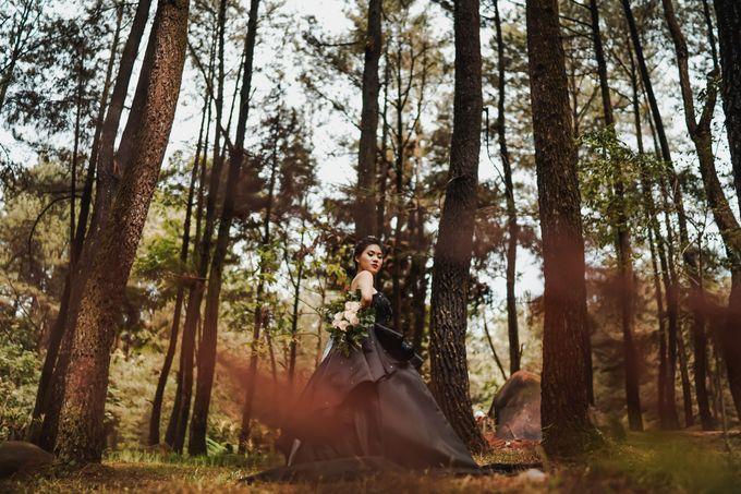 Latisha by Florencia Augustine - 003