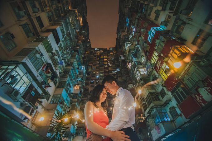 Wenzhi and Yen Sing in Hong Kong by Multifolds Productions - 021