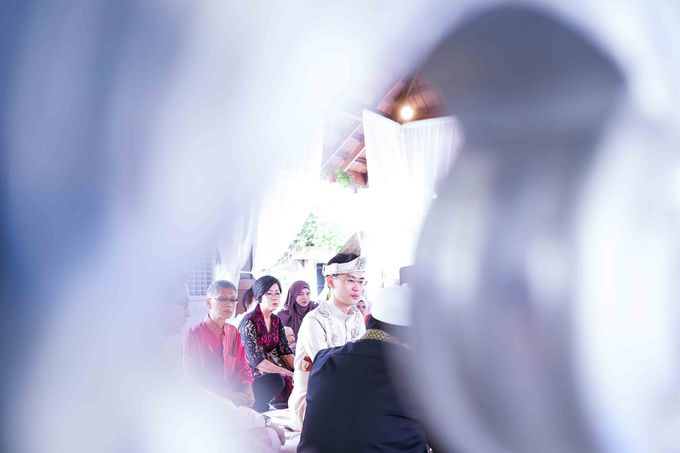 Malay Wedding - Zuzu & Mikhail by Raihan Talib Photography - 011