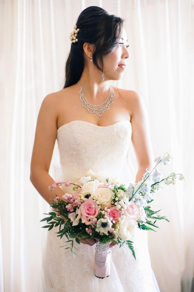 Elina & Erick / Balesin Wedding by Verse Studios - 010