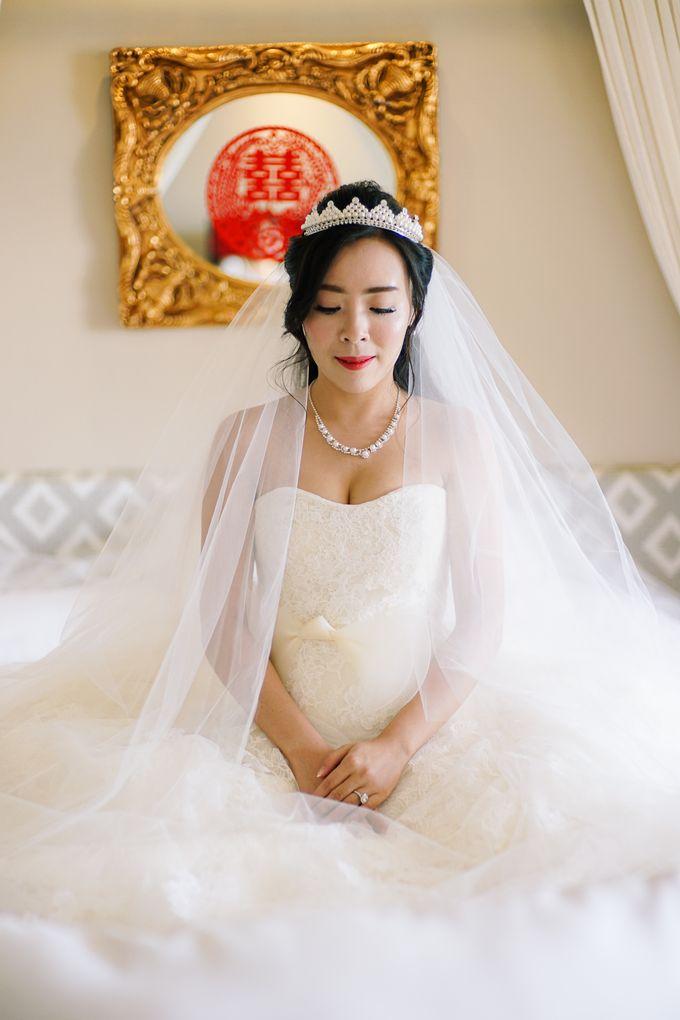 Elina & Erick / Balesin Wedding by Verse Studios - 012