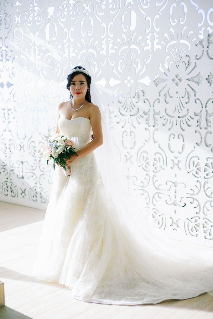 Elina & Erick / Balesin Wedding by Verse Studios - 014