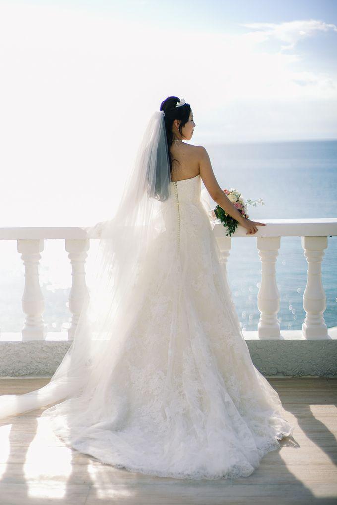 Elina & Erick / Balesin Wedding by Verse Studios - 016