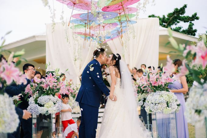 Elina & Erick / Balesin Wedding by Verse Studios - 021