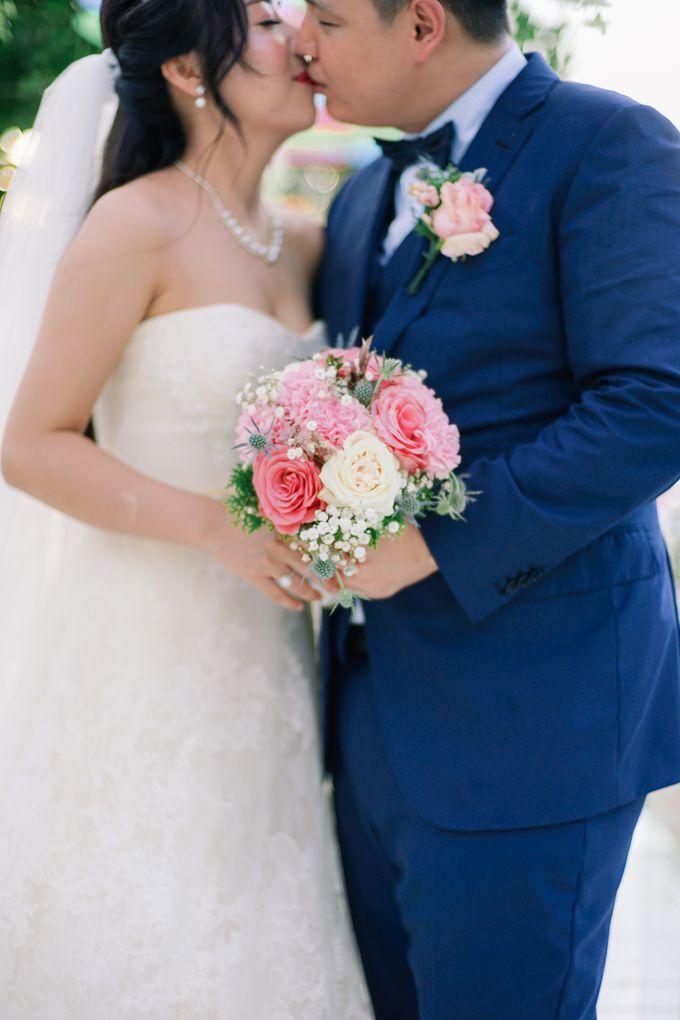 Elina & Erick / Balesin Wedding by Verse Studios - 022