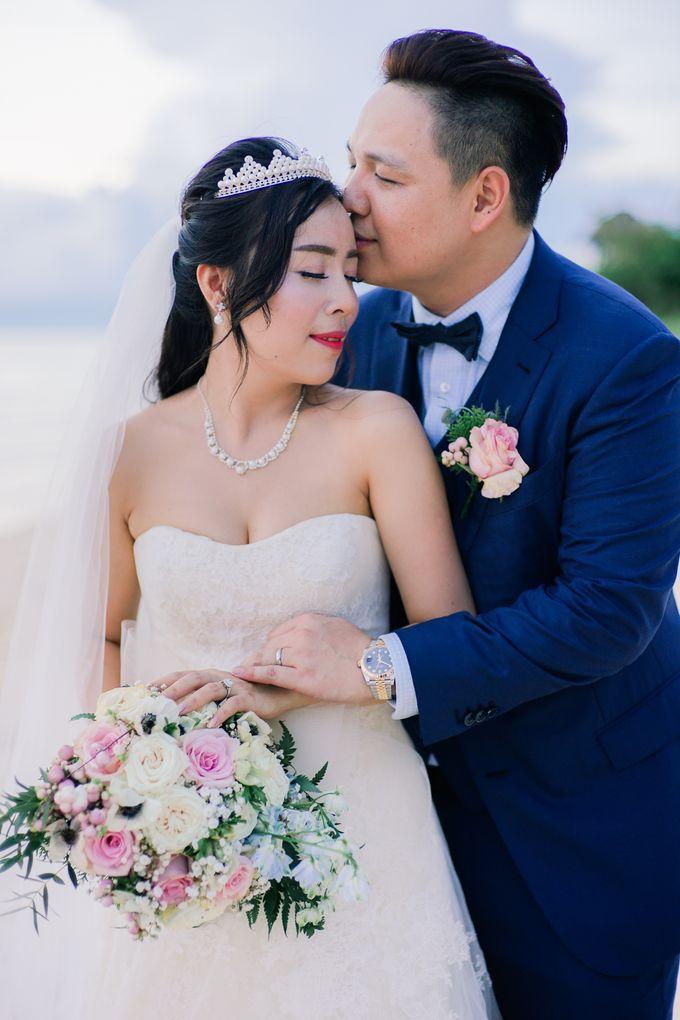 Elina & Erick / Balesin Wedding by Verse Studios - 030