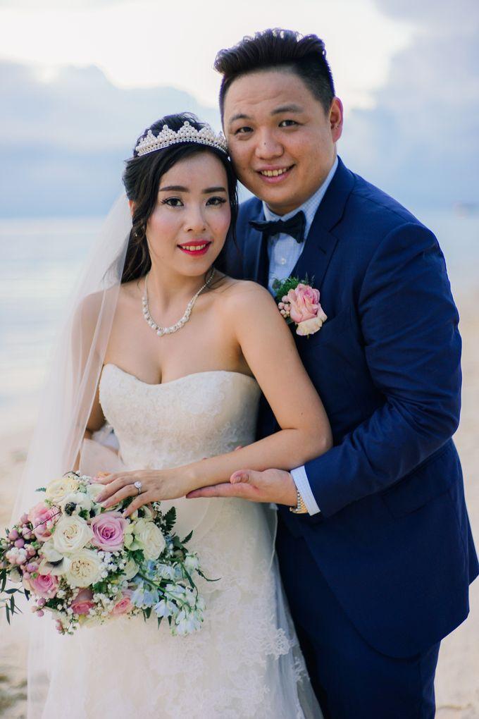 Elina & Erick / Balesin Wedding by Verse Studios - 031