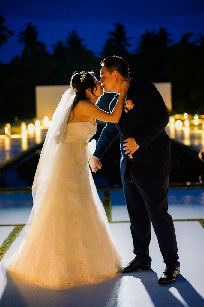 Elina & Erick / Balesin Wedding by Verse Studios - 033