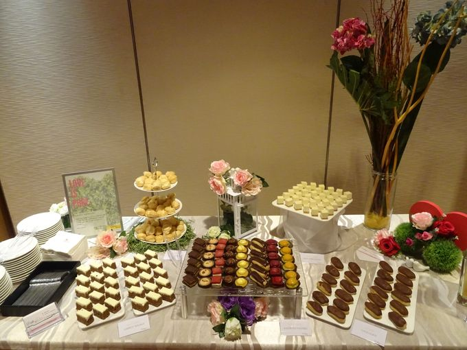 Wedding at Marriot Hotel Singapore by PastryDen Pte Ltd - 008