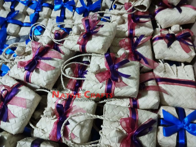 Mini Buri Palm leaf Gift Bags by Miss Marian Native Crafts - 001