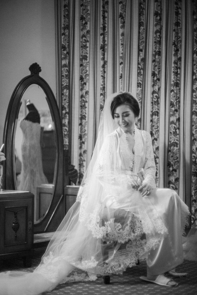 WEDDING OF INDARTA & BELINDA by isamare - 006