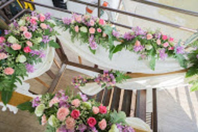 River Cruise Wedding with Monk Blessing by Dream Asia Weddings - 002