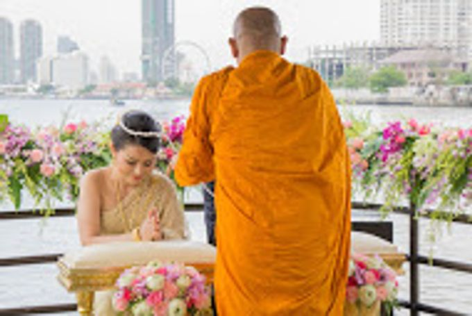 River Cruise Wedding with Monk Blessing by Dream Asia Weddings - 010