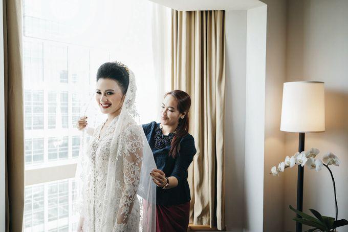 Togi & Jesicca - Holy Matrimony & Batak Ceremony by JAYSU Weddings by Jacky Suharto - 006