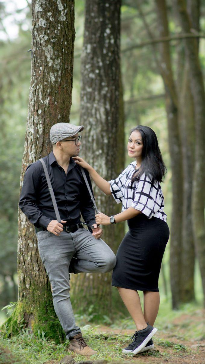 VERY TRI YULISMAN & JANNETTE JULIANIS PRE WEDDING by My Creation Art - 003