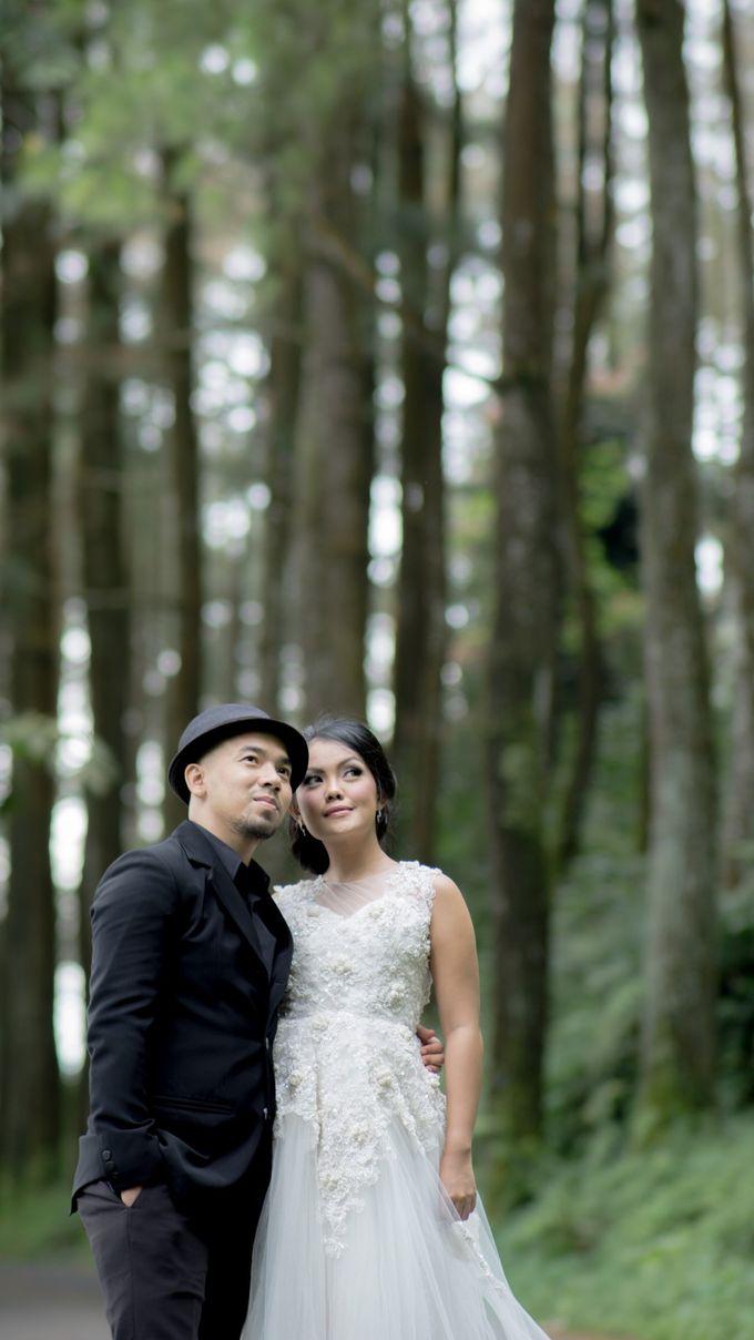 VERY TRI YULISMAN & JANNETTE JULIANIS PRE WEDDING by My Creation Art - 005