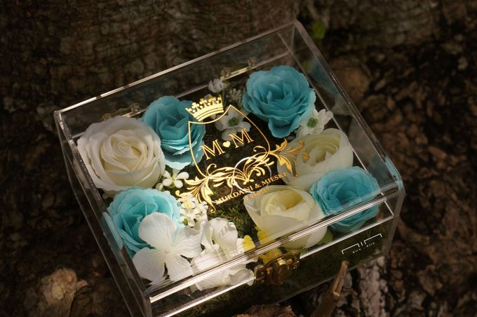 Wedding Ring Box with Flower by NINbox.box - 006