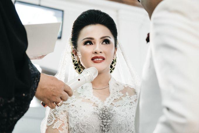 Togi & Jesicca - Holy Matrimony & Batak Ceremony by JAYSU Weddings by Jacky Suharto - 013