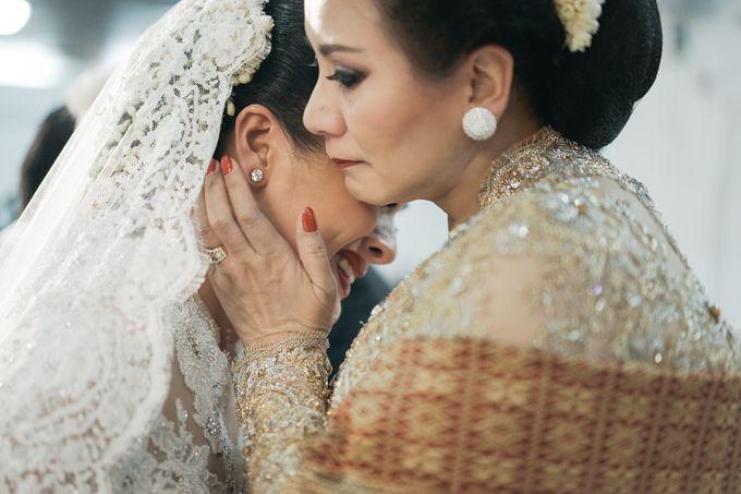 Togi & Jesicca - Holy Matrimony & Batak Ceremony by JAYSU Weddings by Jacky Suharto - 015