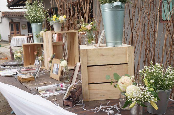 Rustic Wedding by La Bloom Florist - 006