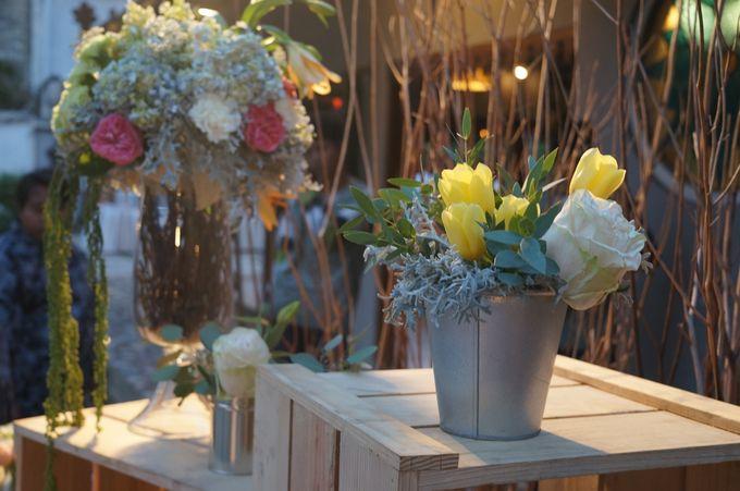 Rustic Wedding by La Bloom Florist - 011