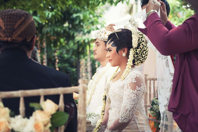 Wedding of Ajeng and Yudhi by: Gofotovideo by GoFotoVideo - 034
