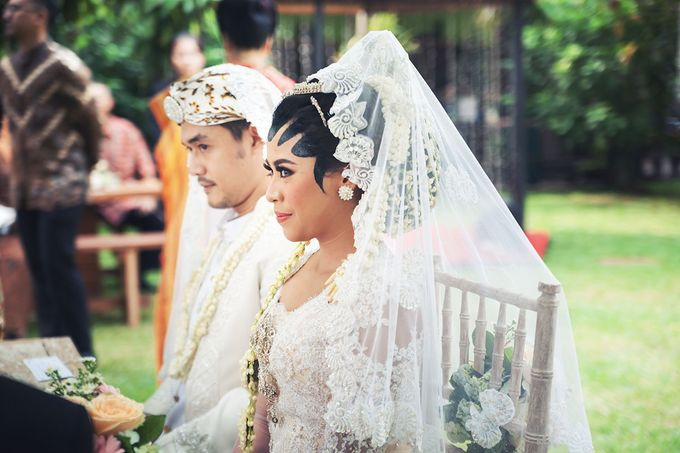 Wedding of Ajeng and Yudhi by: Gofotovideo by GoFotoVideo - 020