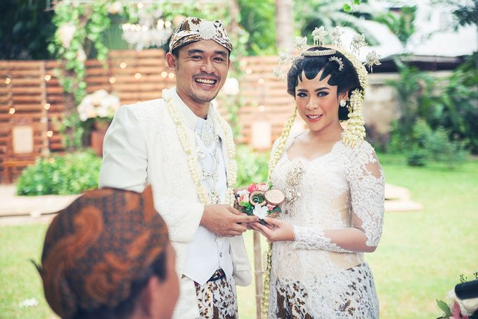 Wedding of Ajeng and Yudhi by: Gofotovideo by GoFotoVideo - 029