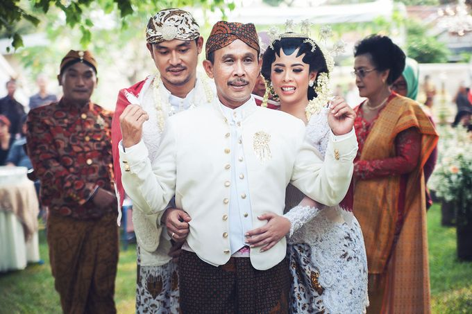 Wedding of Ajeng and Yudhi by: Gofotovideo by GoFotoVideo - 031