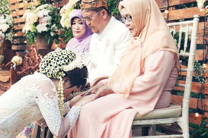 Wedding of Ajeng and Yudhi by: Gofotovideo by GoFotoVideo - 011